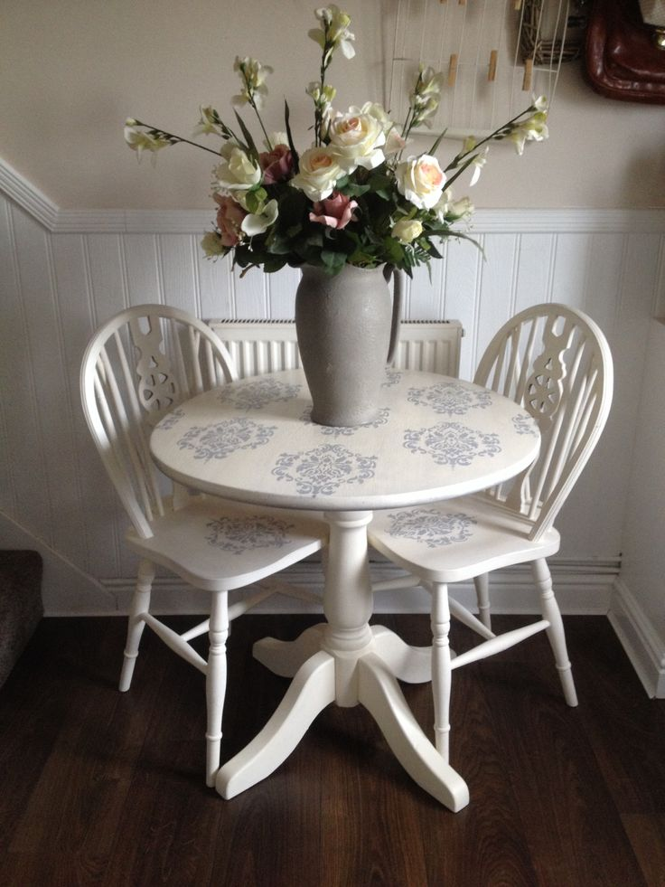Small table and chairs stencil damask in regency white
