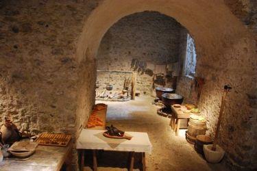 castle medieval dover kitchens kitchen interiors interior dungeons flickr palace houses fantasy renaissance architecture castles le dungeon neuschwanstein via would