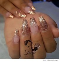 Best 25+ Gold glitter nails ideas on Pinterest