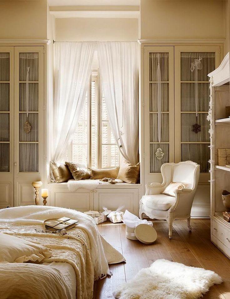 25 best ideas about Window Seats on Pinterest  Window seats bedroom Window seats with storage