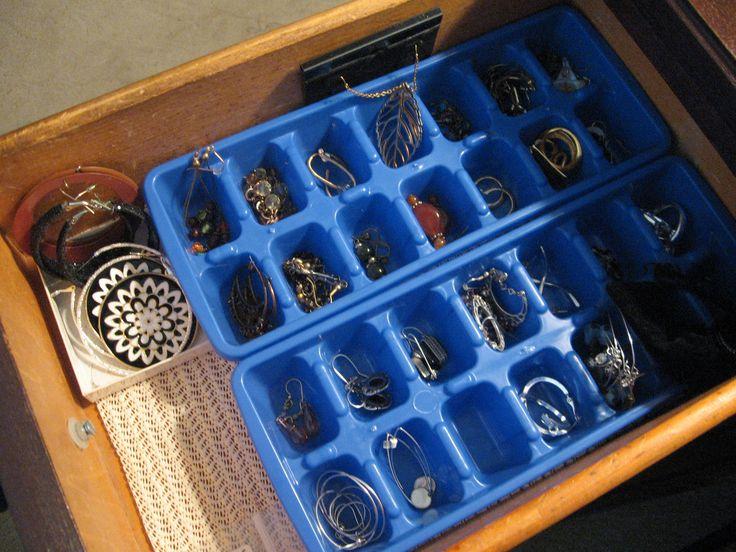 1000+ ideas about Organize Earrings on Pinterest