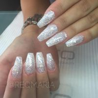 17 Best ideas about White Glitter Nails on Pinterest ...