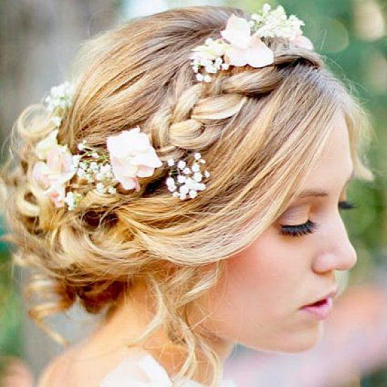 25 Best Ideas About Beach Wedding Hairstyles On Pinterest Beach