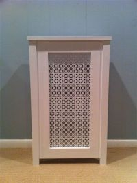 Poplar enclosure with white painted aluminum screen // Gas ...