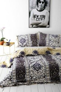 17 Best images about Bed On Floor | Low Bed Ideas on ...