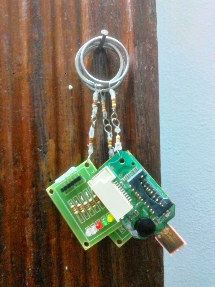 Personalized Keychain Recycled Circuit Board Keychain Unique Gifts