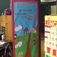 Read Across America door, The True Story of the Three