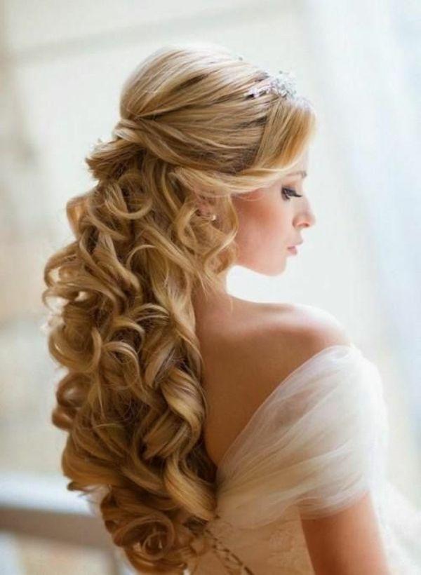 Die Besten 25 Brautfrisur Halboffen Ideen Auf Pinterest