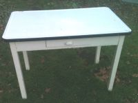 17 Best images about Vintage Enamel Top Tables on ...