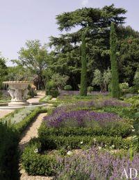 Rustic Garden by Arabella Lennox-Boyd in Tuscany, Italy ...