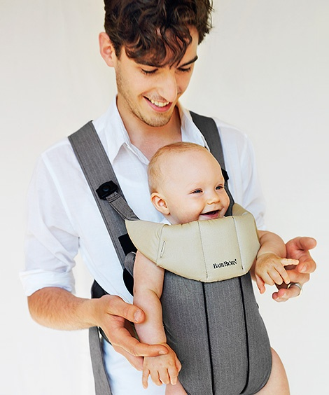 baby bjorn active organic i love that it provides back support ellie is super