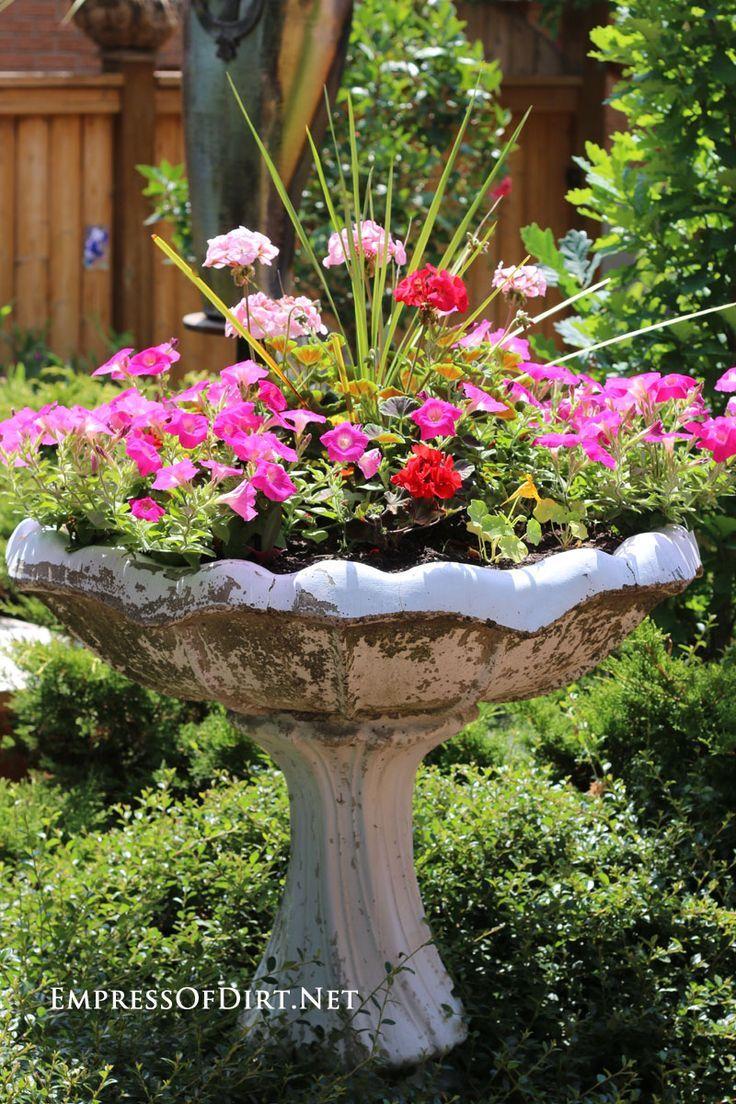 25 Best Ideas About Outdoor Flower Planters On Pinterest