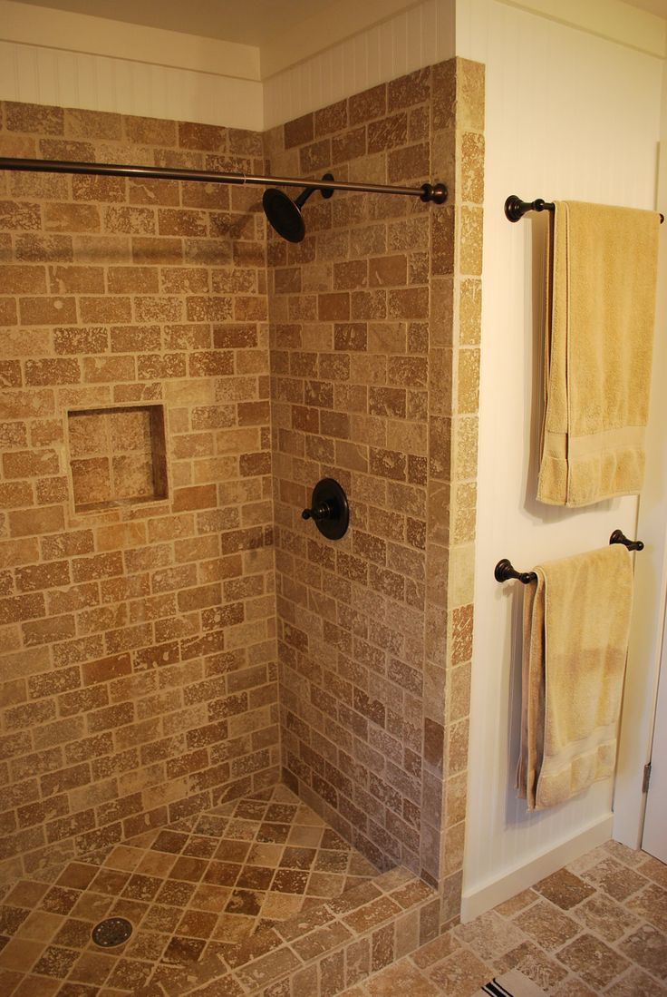 tile shower with curtain rod