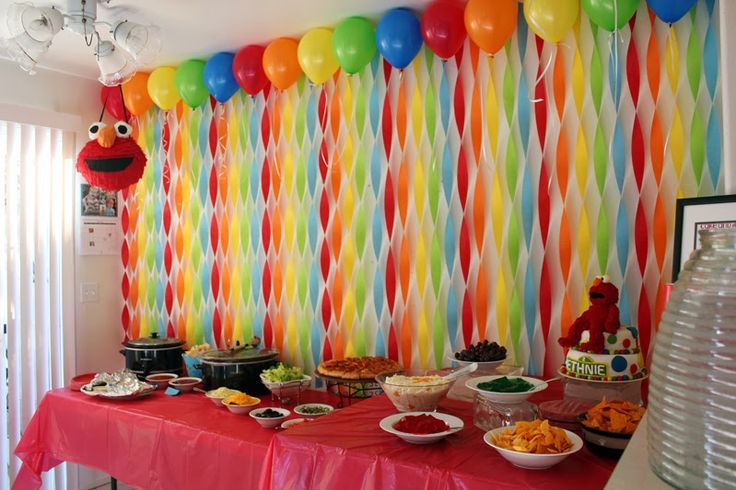 Get Your Craft On Elmos World Birthday Streamer Wall