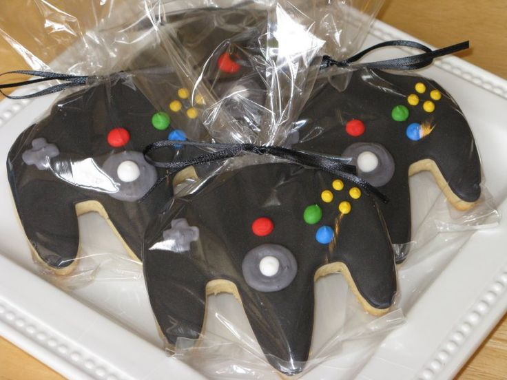 Would be a cool favor for a video game party… they're cookies!  I think I coul