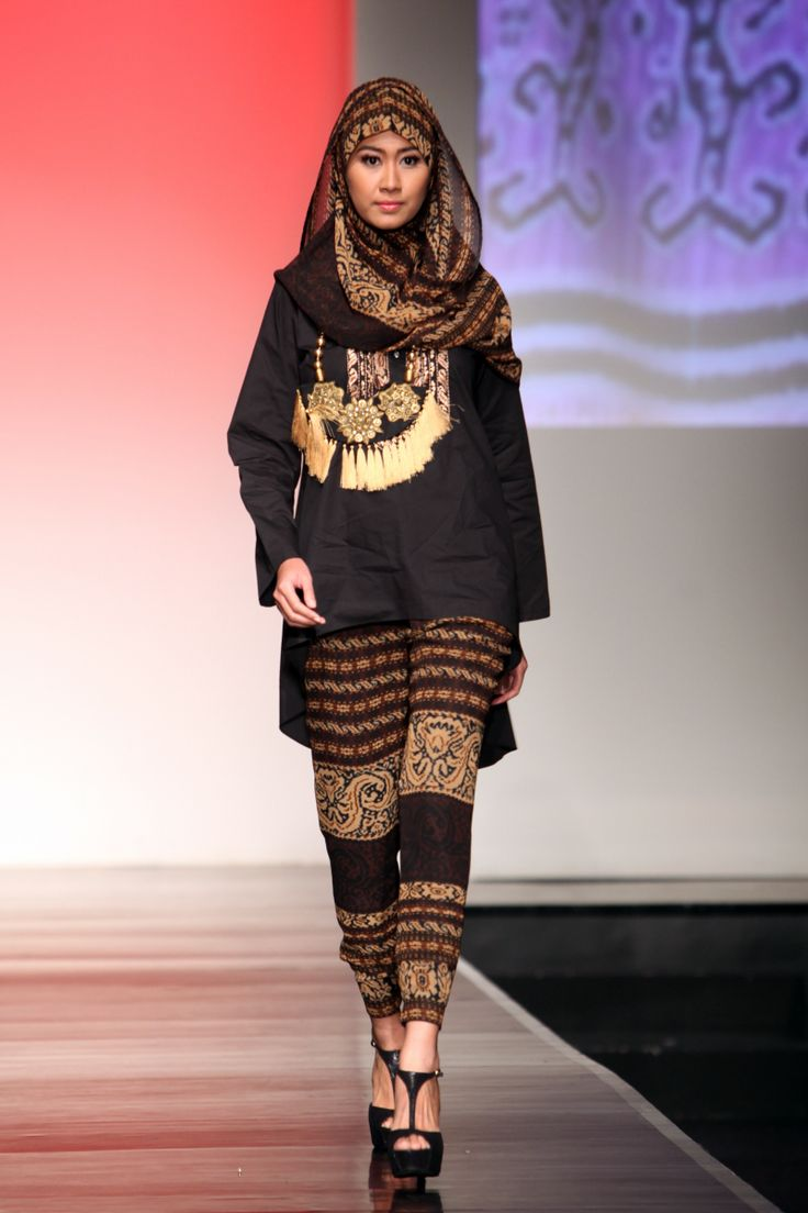 Kamilaa Occident Orient Jakarta Islamic Fashion Week