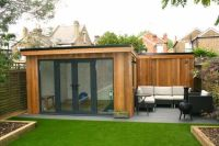 amazing spaces pallet summer house - Google Search | vendy ...