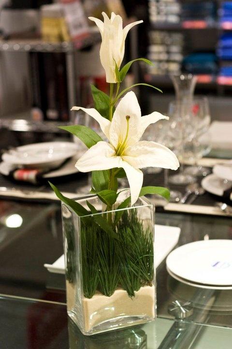 Taller de arreglos florales Junio 2011  Decorar con flores  Pinterest  Mesas