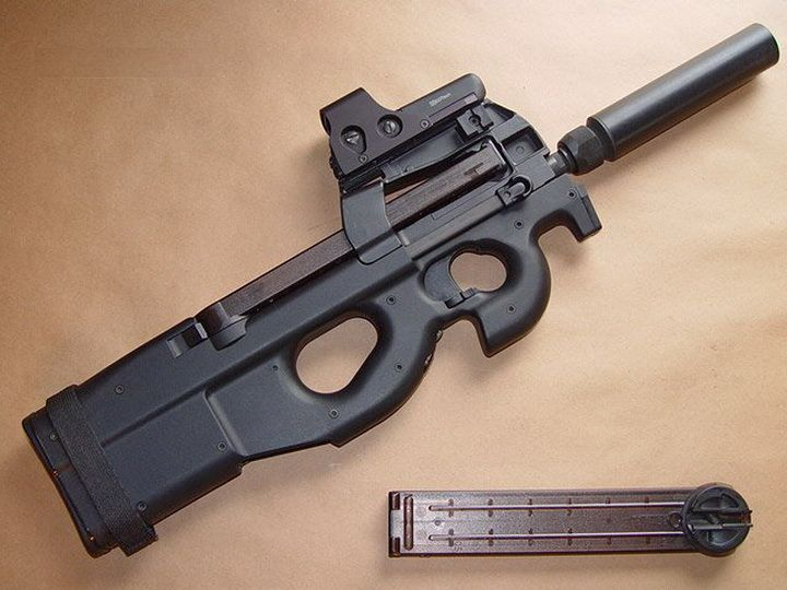 Subfusil FN P90 Herstal Calibre 57 x 28 mm  Weapons real  Pinterest  Posts Magazines and