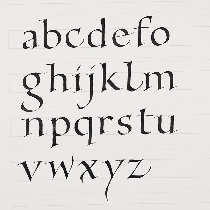 Study Foundation Hand alphabet. Retouch on the serifs