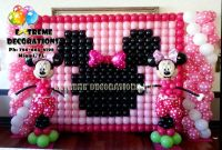 Kids Party Decorations - Minnie Balloon wall   3 anos da ...