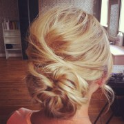 messy bun with texture hair