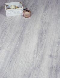 25+ best ideas about Grey laminate flooring on Pinterest ...