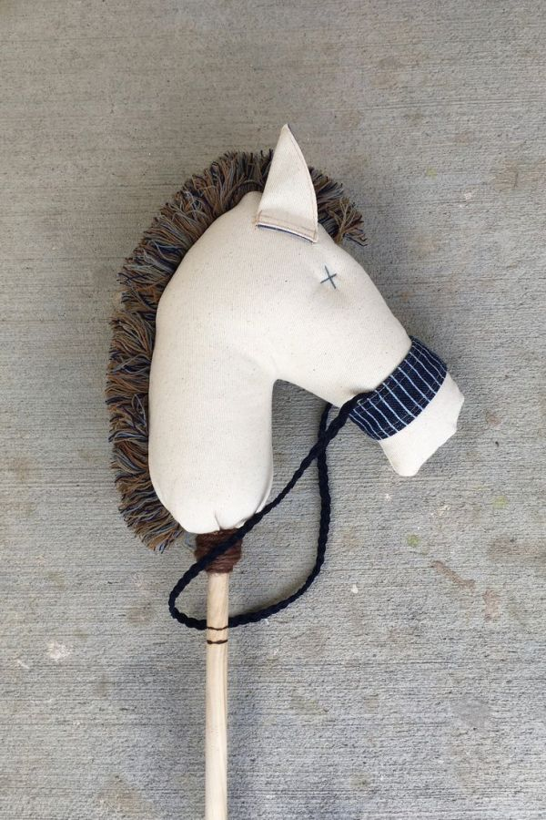 17 Best ideas about Stick Horses on Pinterest Hobby
