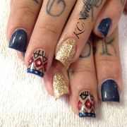 navy acrylic nails. lipstick nail