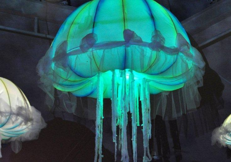 Changing color Jellyfish decor  Fiesta de Neon Neon