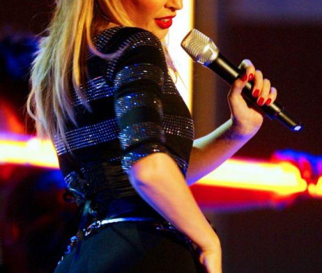 Now Casting Scarlett Johanssons Butt Double