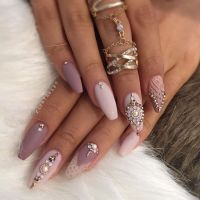 1000+ ideas about Diamond Nail Designs on Pinterest