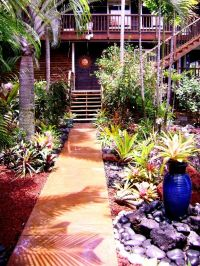 Captain Cook house rental - Entrance to home through ...