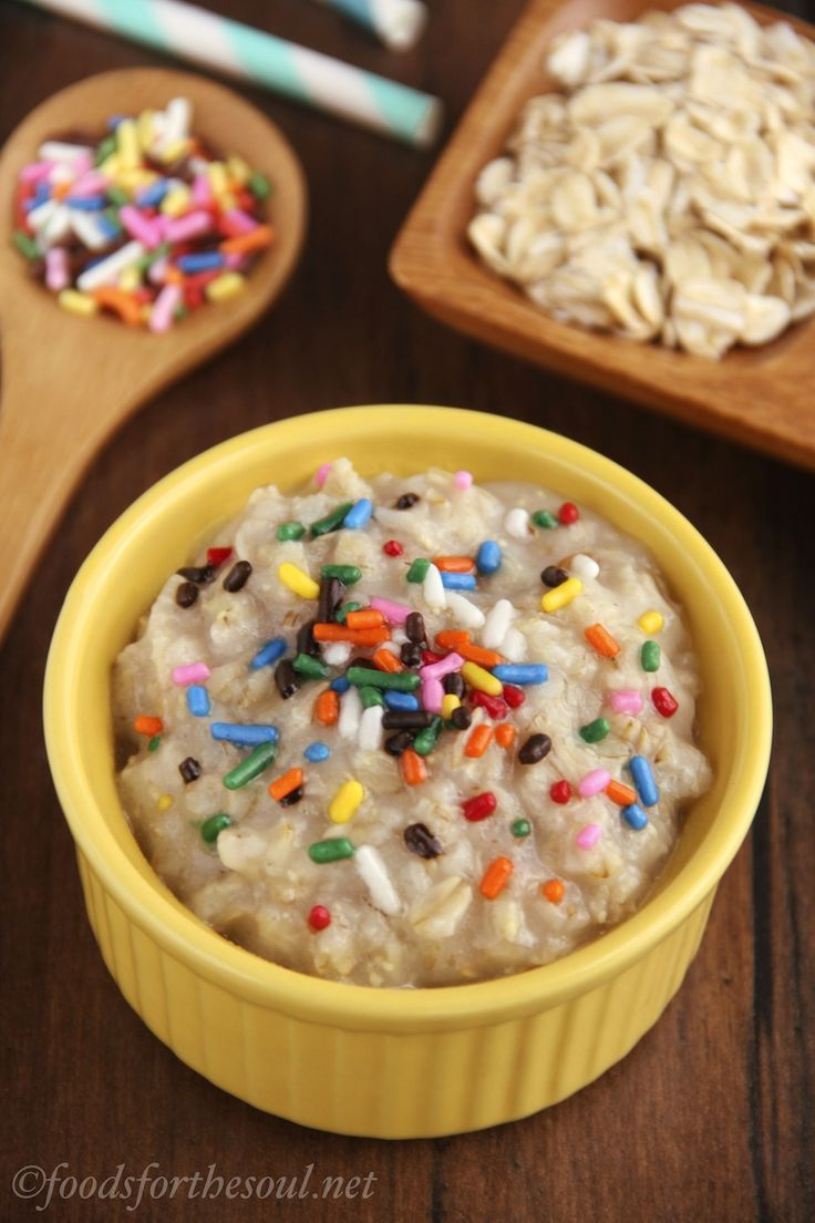 This healthy oatmeal tastes exactly like funfetti cake batter but has 9 grams of