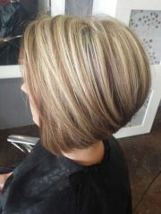 short blonde and brown hairstyles