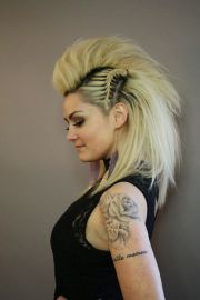 ideas female mohawk