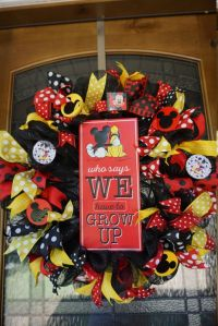 Best 25+ Mickey mouse christmas ideas on Pinterest ...