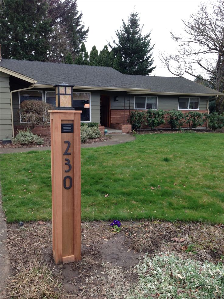 Craftsman lamp post with address numbers