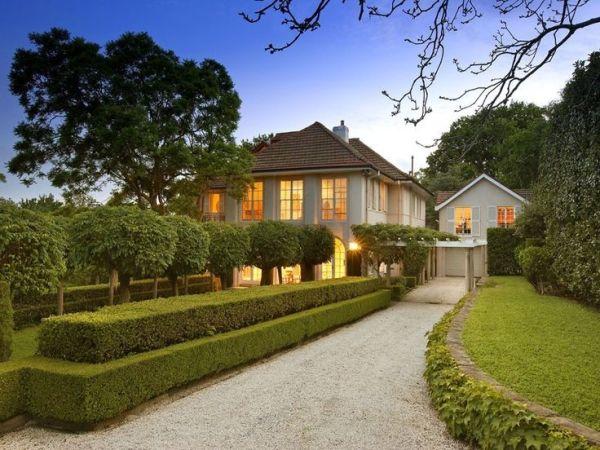 classic & elegant garden front