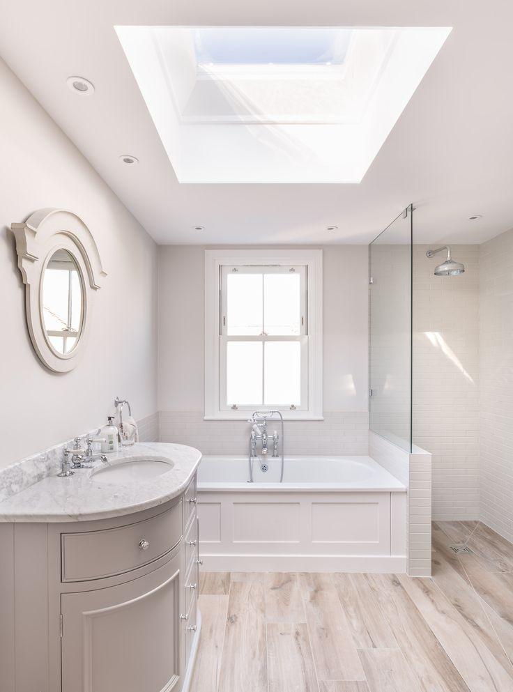 17 Best ideas about Modern White Bathroom on Pinterest