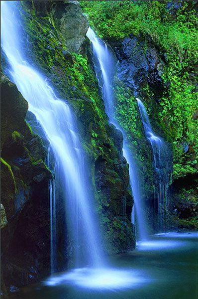 Cartoon Fall Wallpaper High Def 17 Best Images About China Waterfalls On Pinterest