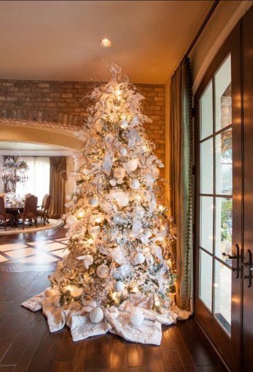 Interior Design Ideas: Christmas Decorating Ideas - Home Bunch - An Interior Design & Luxury Homes Blog: