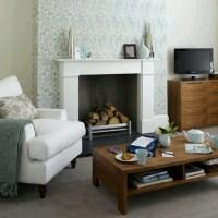 WALLPAPER CHIMNEY BREAST | Nesting - Fireplace | Pinterest ...