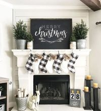 25+ best ideas about Christmas mantle decorations on ...