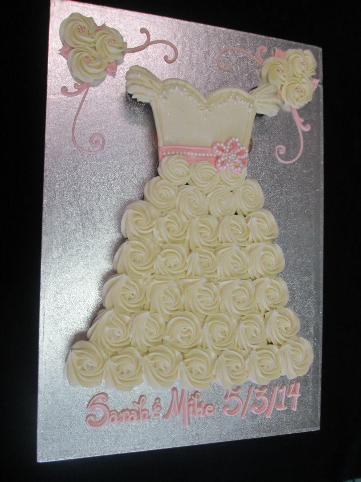 Pull Apart Wedding Dress Cupcake Cake  CupcakesPull