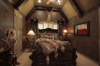 HGTV's Donna Moss gave client what he wanted, a rich ...