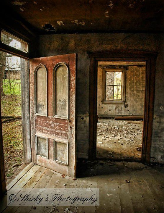 Farm House Door Abandoned Homes! Pinterest Beautiful