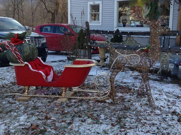 Santas Sleigh Holiday Christmas Decoration Claw Foot