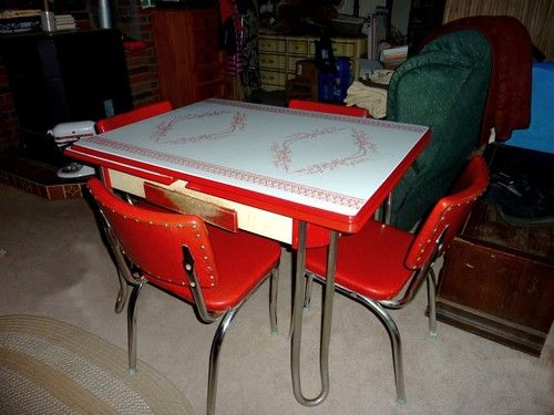 Retro 1950's Vintage chrome, Kitchen table set, 4 red
