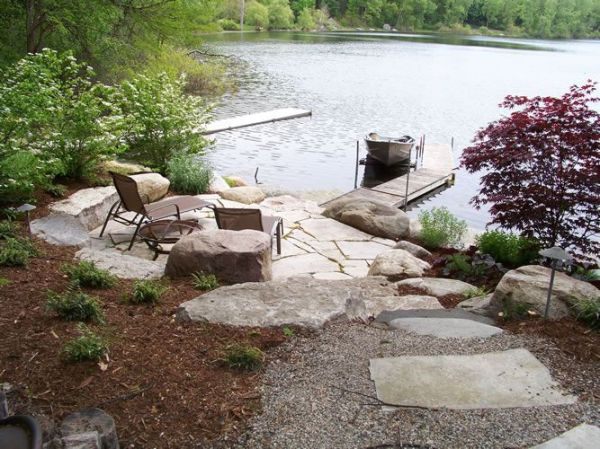 shoreline landscaping lakescaping